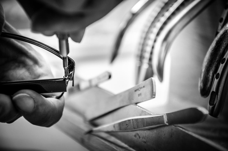 Popravila očal, izdelava očal, montaža, Optika Nadoh - optika in očesna ambulanta Postojna.